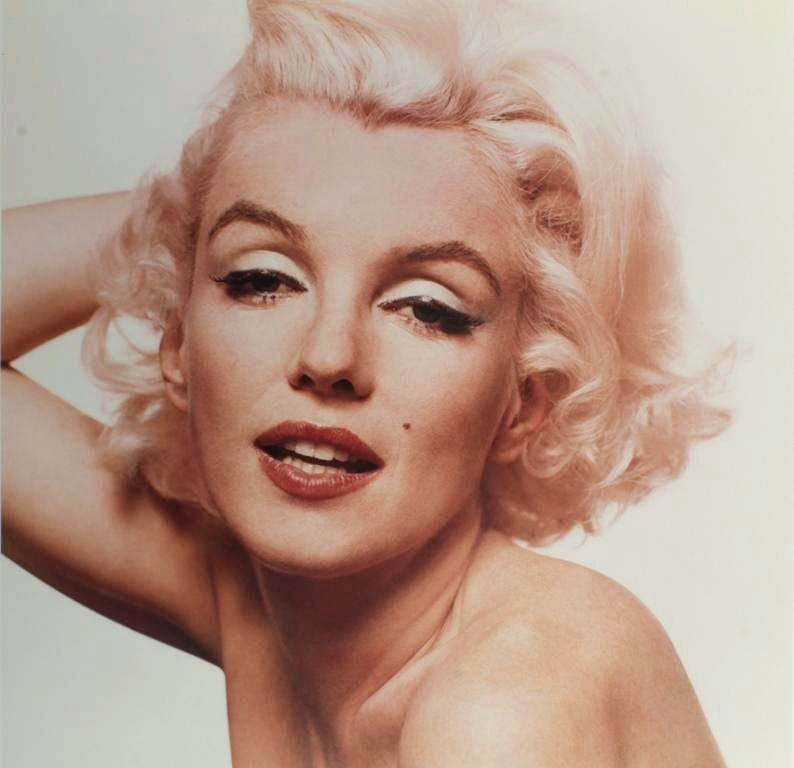 Bert Stern, Am., 1929 2013, Marilyn Monroe, 10 Photographs, 'The Last Sitting', 1962. Sold For $15,600. No. 3117088