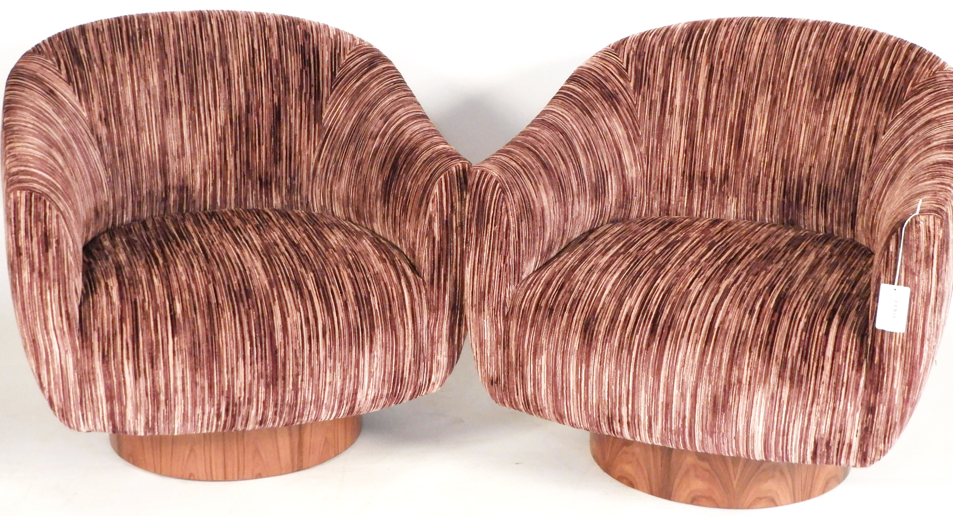 1047. Pair Kelly Wearstler For EJ Victor Sonara Chair21