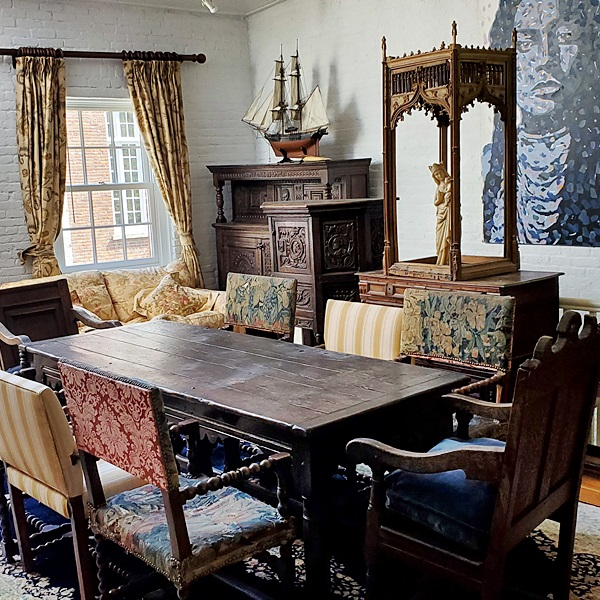 Antique Furniture, Decorations & Fine Art