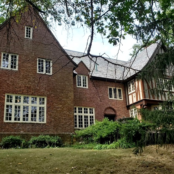 The Estate Of Richard I. Johnson | Chestnut Hill, MA